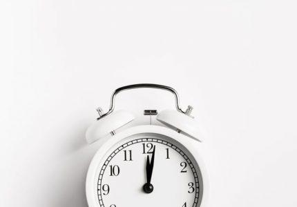 Ur som logo til at vise tidshorisonten på virkning af creme